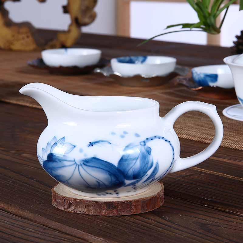 手绘青花瓷公道杯陶瓷功夫茶具